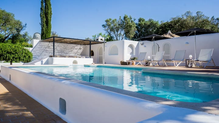 CASA ARTE stunning private villa for safe holidays