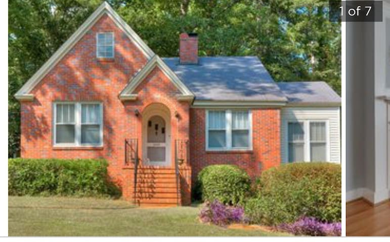 Sweet & simple cottage 3 miles from Golf Course