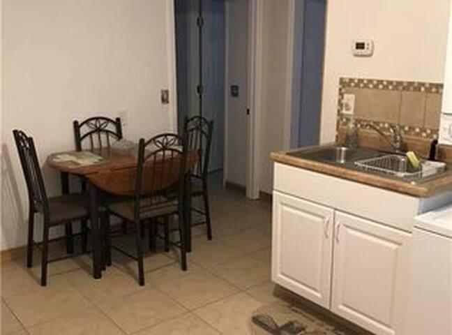 Full kitchen, large fridge