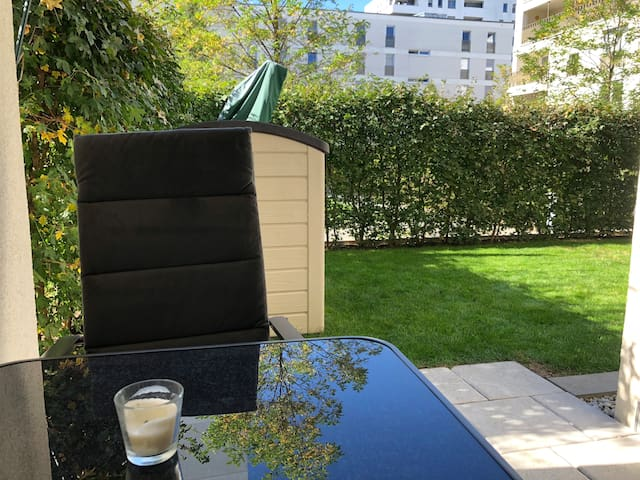 Central two room apartment close to Hirschgarten