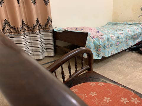 1 Bed 1 Bath place. A home away frm home in Vehari