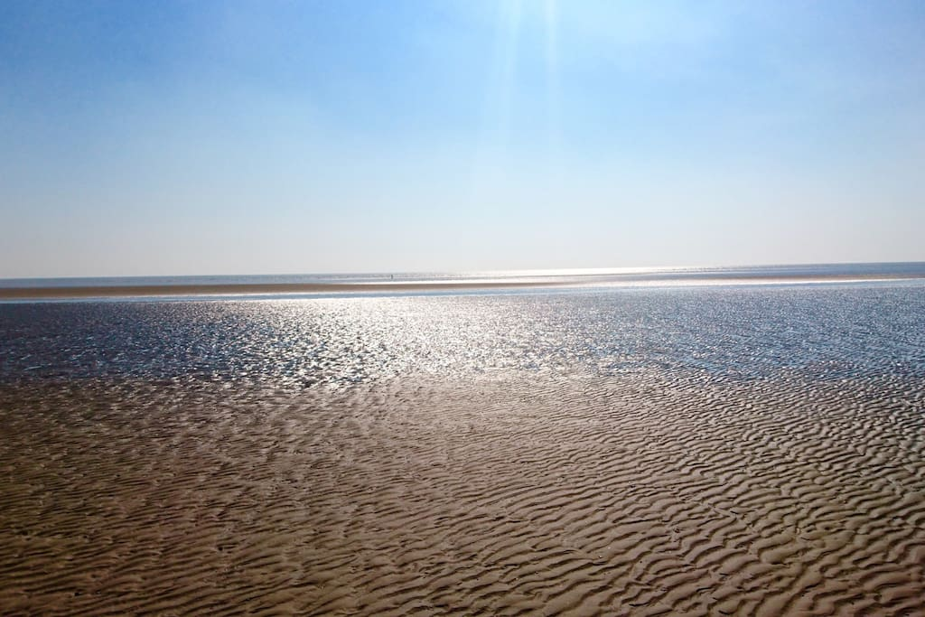 Just a few minutes walk from Sand Eels Cottage to our stunning beach.