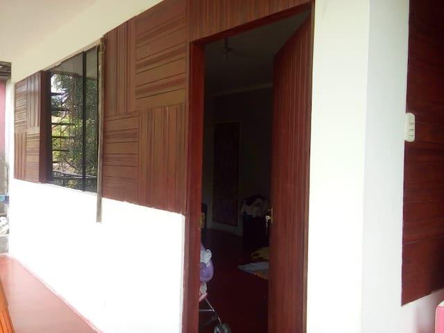 Habitaciones Rústicas Temáticas, individuales