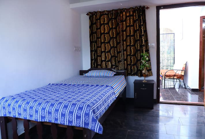 CBR AYURHEALTH - HOMESTAY / STANDARD SINGLE ROOM