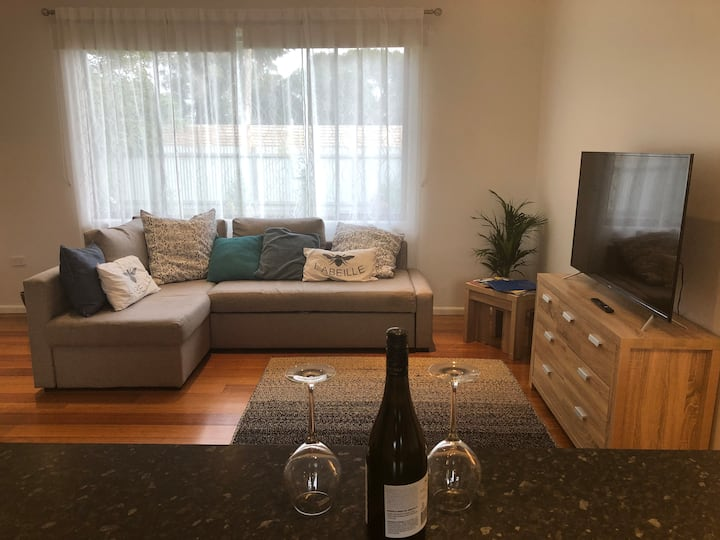 Pet friendly beach house McCrae