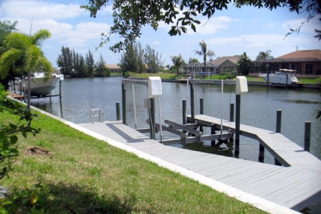 Gulf Access Canal with 10,000 lb. boat lift.