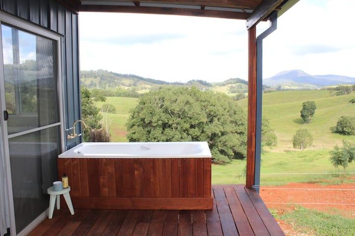 Cloud Cottage, views & private outdoor bath.