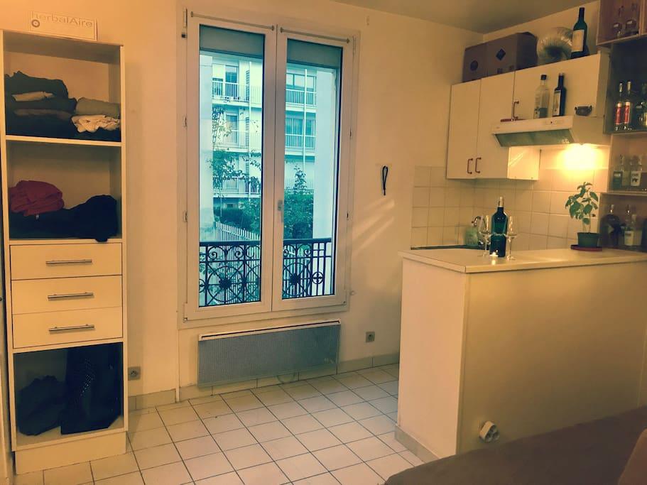 Appartement 20m2 tour eiffel et shopping appartements for Appartement 20m2 bordeaux louer