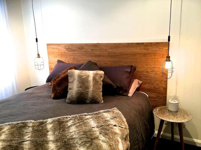 Main bedroom- King bed