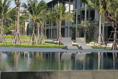 Luxury Beach front condo in Maikhao - Mai Khao, Tambon Si Sunthon, Chang Wat Phuket, TH - Apartament