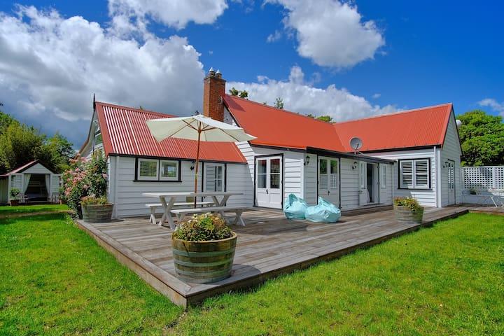 The Cowman/Gardener's Cottage