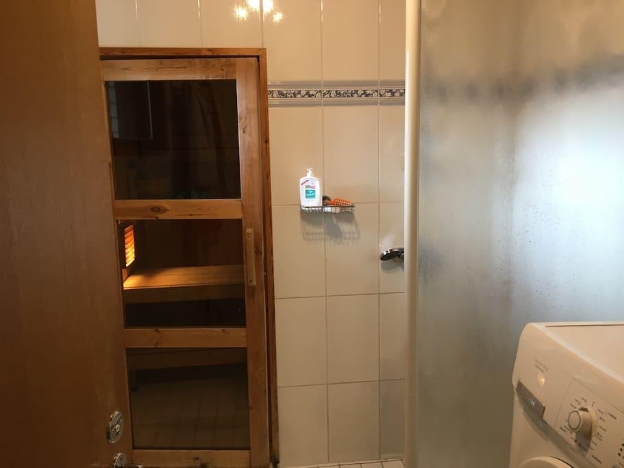 Bath room with Sauna