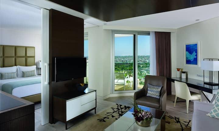 Ritz Carlton Sea View Luxury Suite