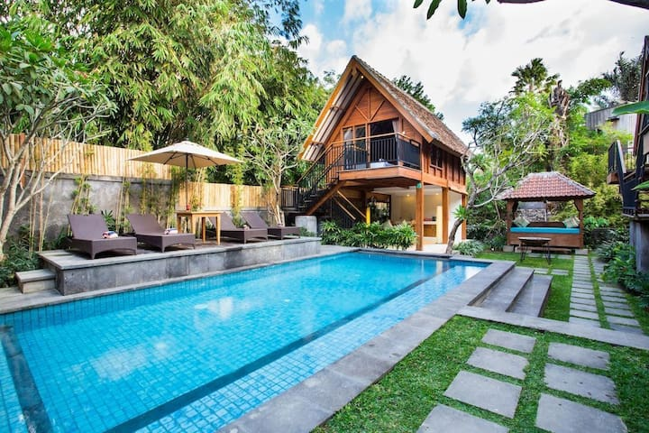 Y2 Boutique Eco Bungalow with Pool in East Canggu