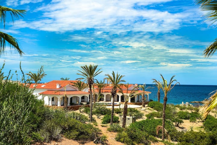 Secluded Beachfront Luxury Villa