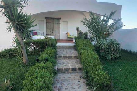 Bungalow Villa Garota