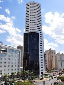 Flat mobiliado com excelente localização - Goiânia