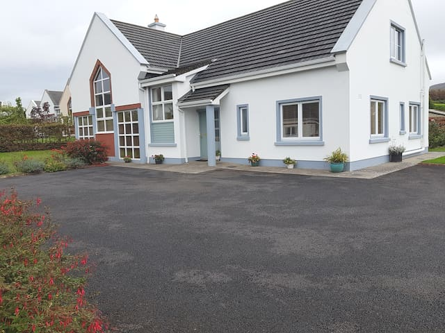 moneen house holiday home