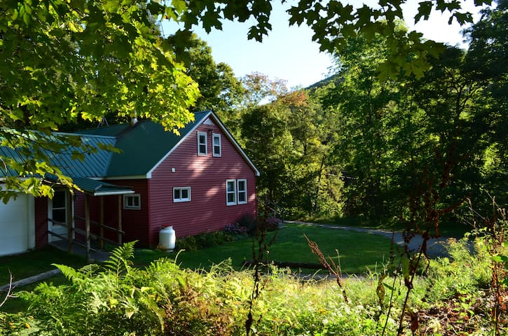 Cozy Green River Getaway ★ Newly Renovated ★