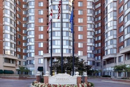 1 bedroom Downtown DC! - Washington