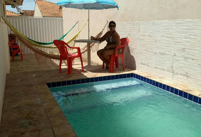 Casa com PISCINA PARTICULAR em Araruama