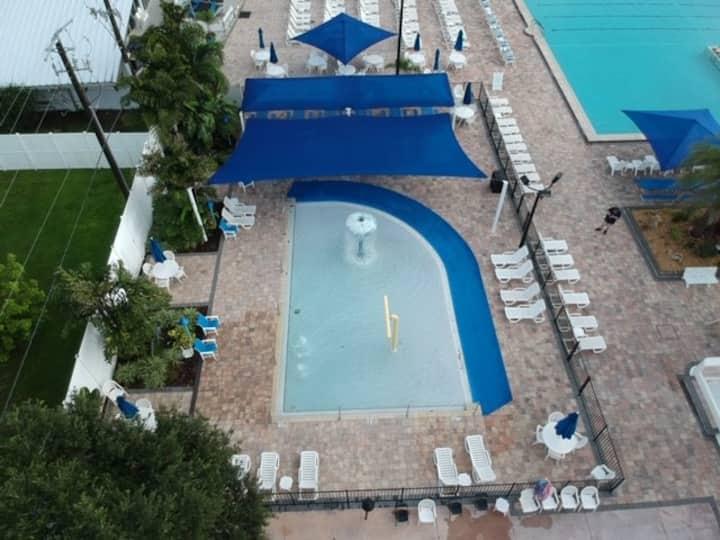 Sweet & Cozy Villa @ Sun N Fun RV Resort