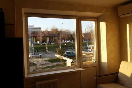 Комфортная 1к удобное расположение 24м кв - Novorossiysk - Apartment - 1
