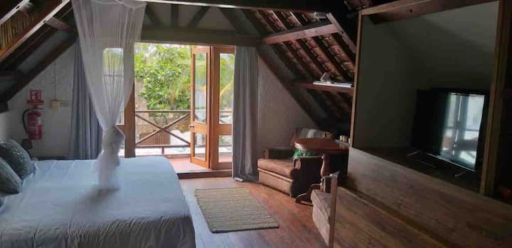 Unique Traditional Mauritian Loft Space