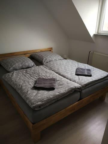 Helle Wohnung mit guter Anbindung nach Hannover