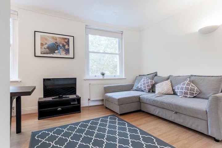 2 Bedroom Fantastic flat in paddington!!  (5SG)