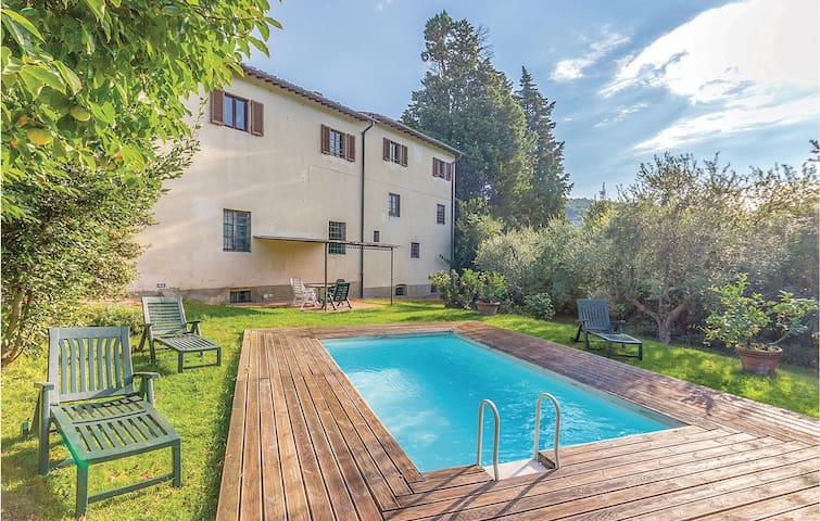 Holiday apartment with 3 bedrooms on 100m² in Bagno a Ripoli FI