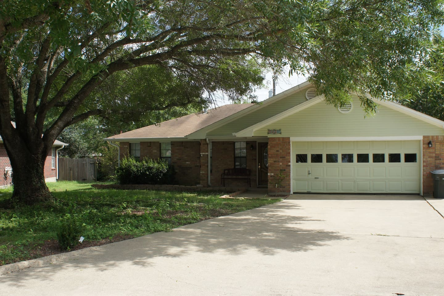 Front of house and driveway.