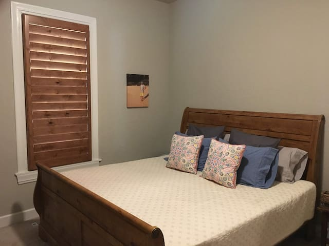 Master Bedroom with King Bed and automatic reclining