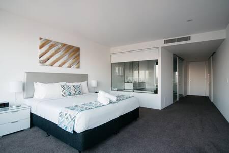 Q1 Resort Three Bedroom Sub Penthouse Apartment - Master Bedroom