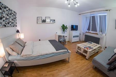 Turkusowy apartament w sercu magicznego Krakowa