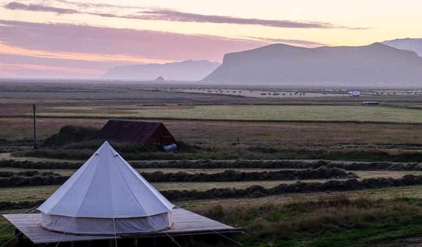 Canvas Glamping 4 beds, South Iceland at Farmhouse