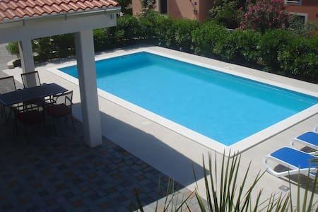 Luxurious 4 stars apartment with amazing sea view - Kožino - Leilighet