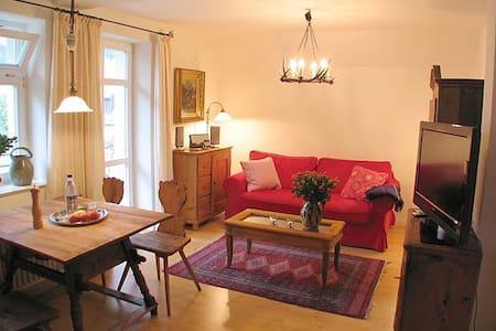 """Apartment """"Schwanstein"""" in garden villa"""