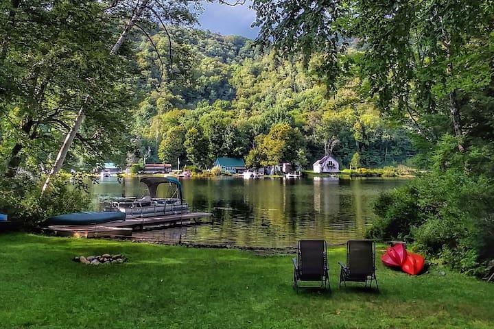 Lakefront Camp - Greenwood Lake Woodbury VT
