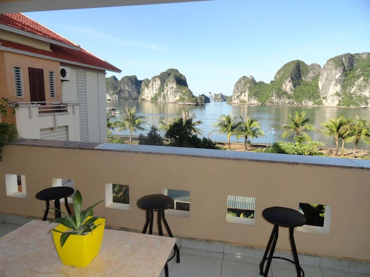Ha Long Lily Homestay - Room 203