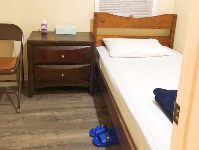 A Small Room with a Single bed