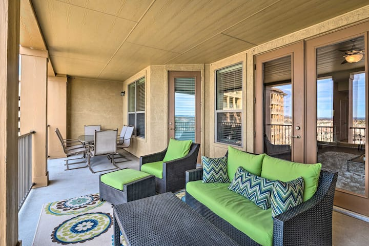 NEW! Relaxing Condo w/ Balcony & Lake LBJ View!
