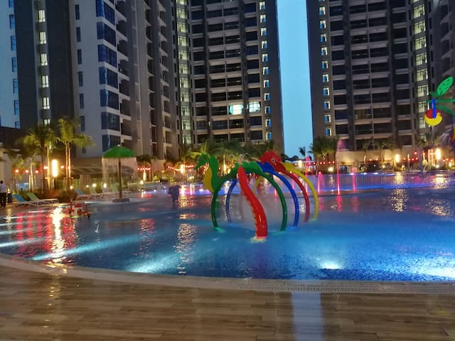 Playground in the pool @ level 7th