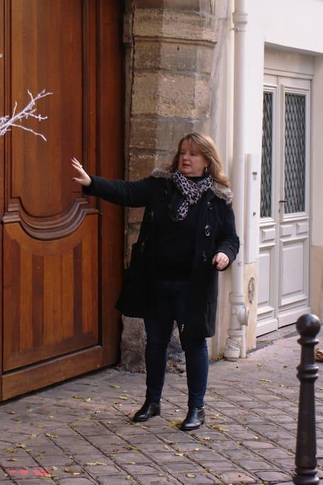 在巴黎探索中世纪遗迹
