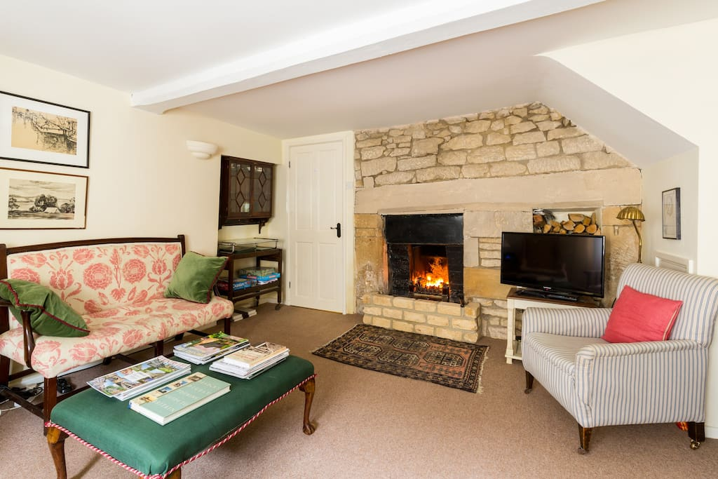 Open fire place for cosy reading & relaxing