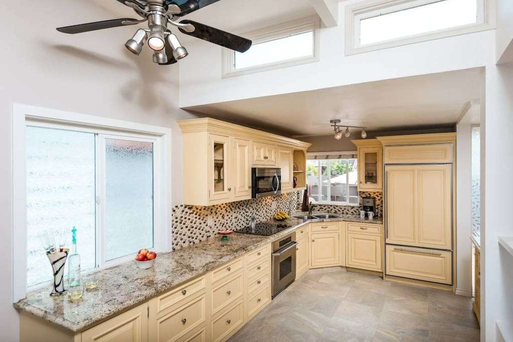 KITCHEN - New remodel in 2016