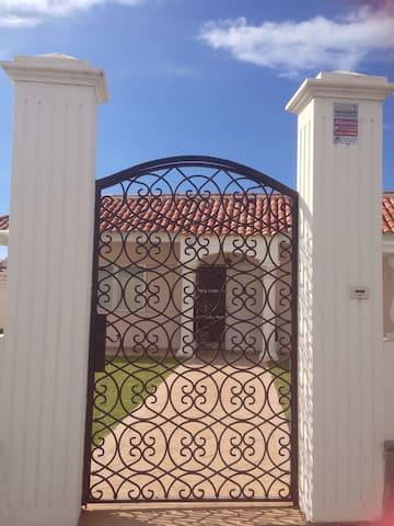 Teneriffa! Villa über Puerto de la Cruz mit Garten