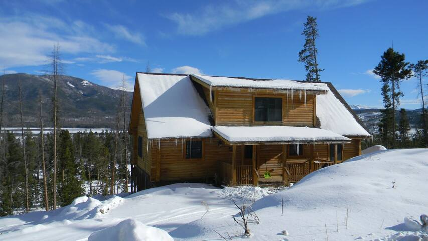 Cabin w grand views of shadow mtn cottages for rent in for Grand lake colorado cabin rentals