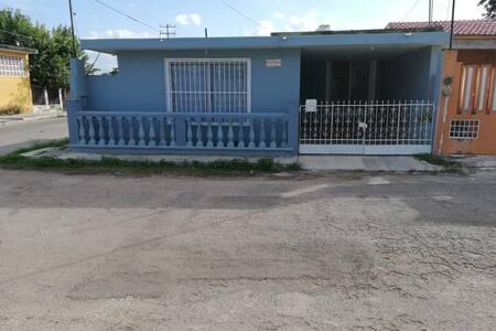 Casa Aguacates