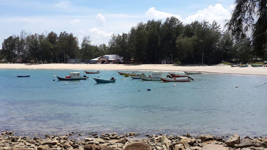 Kalong Bay Homestay - Villa 1